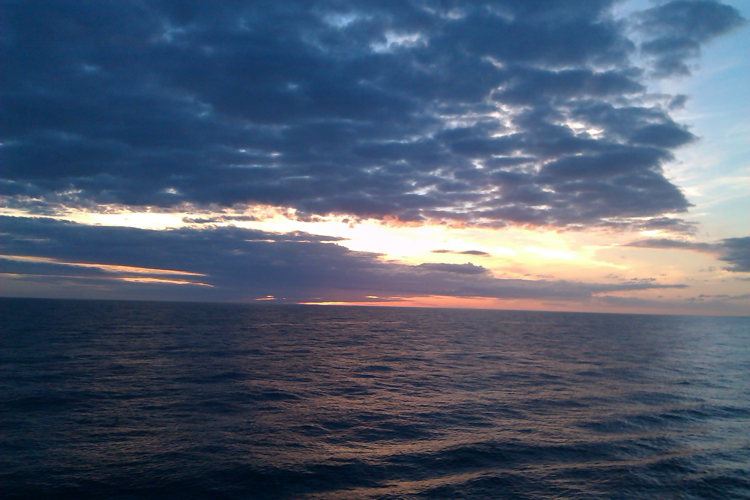 A pretty sunset from our #cruiseofamazingness